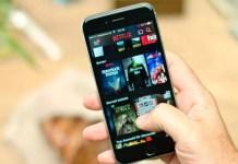 Il pulsante caldo di Netflix sta arrivando anche sull'app mobile