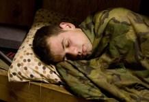 Questo è il casco per una buona notte di sonno e riposo sovvenzionato dall'esercito americano