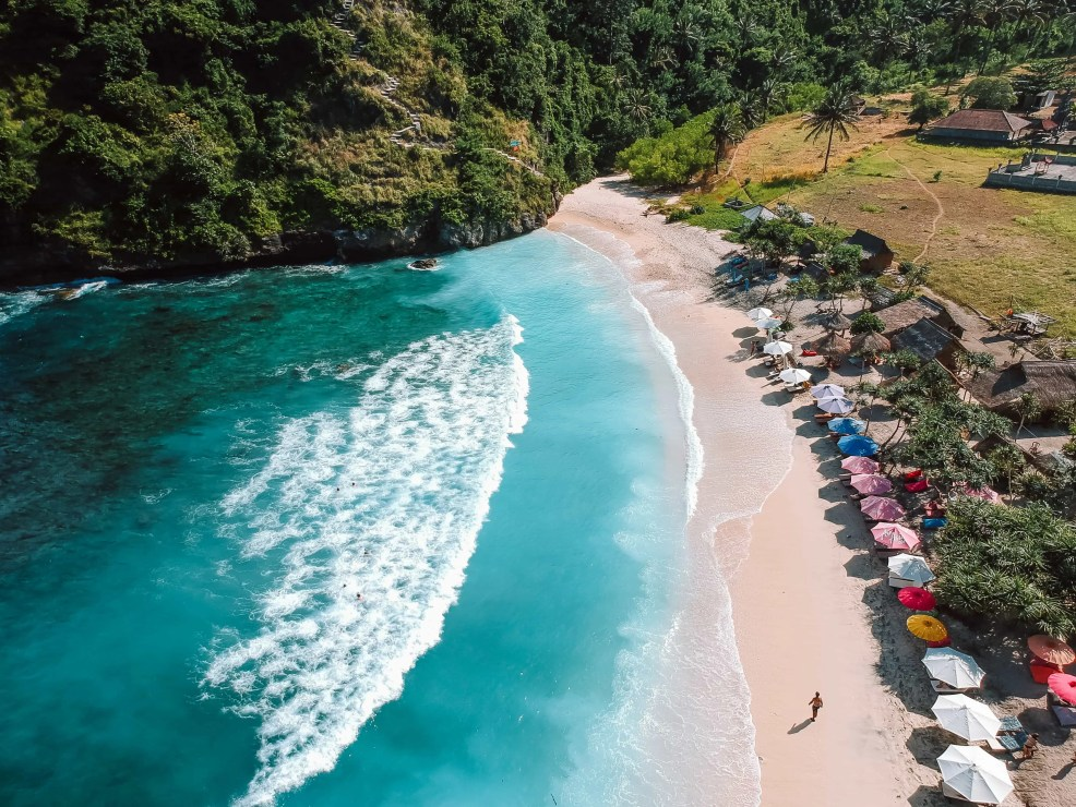 Nusa Penida, things to do in Nusa Penida, how to get to Nusa Penida, where to sleep in Nusa Penida, what to do in Nusa Penida, Kelingking, Paluang Cliff, Atuh Beach, Crystal Bay, Angel´s Billabong, Broken Beach, Manta Ray,