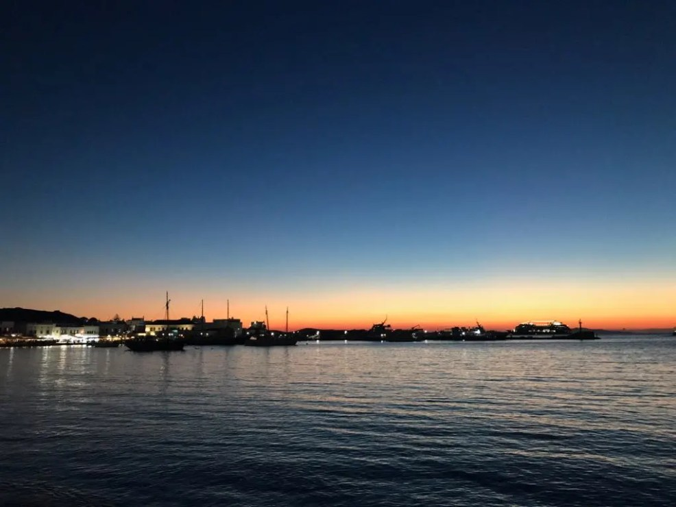 Things to do in Mykonos, Places to visit in Mykonos, Food to try in Mykonos, sunset in mykonos