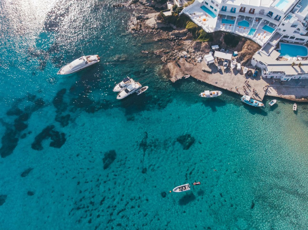 Things to do in Mykonos, Places to visit in Mykonos, Food to try in Mykonos, cavo tagoo mykonos, platis gialos