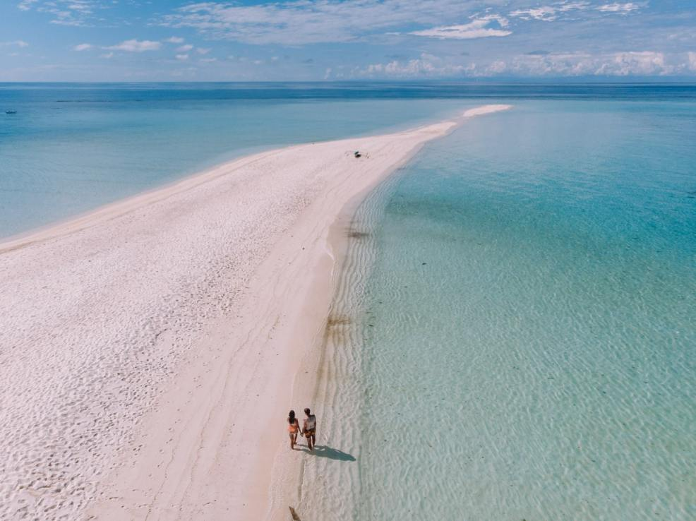 How to get to Camiguin, camiguin tourist spots, things to do in Camiguin, Camiguin travel guide, where to sleep in Camiguin, food travel budget in Camiguin, Daily travel budget in Camiguin, White Island
