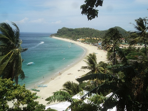 Things to do in Puerto Galera, White Beach, Beaches in Puerto Galera