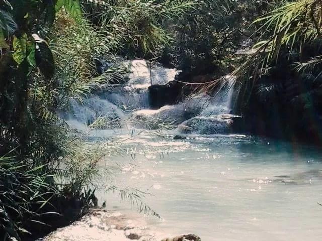 budget travel in Laos, Kuangsi waterfalls