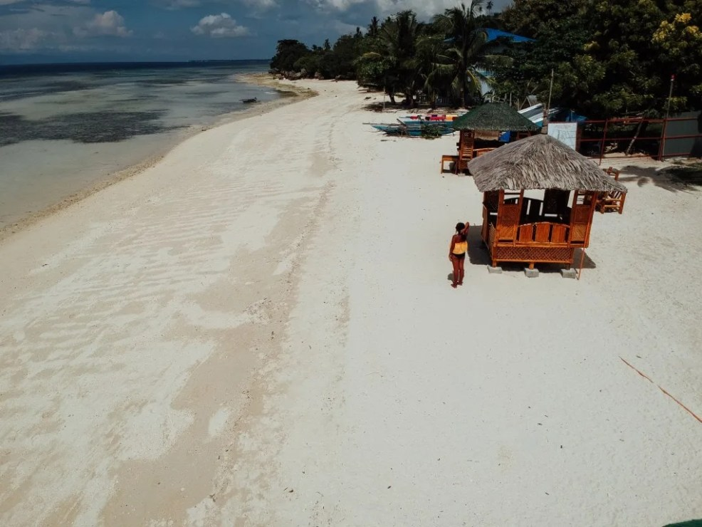 How To Get to Moalboal, Lambug Beach