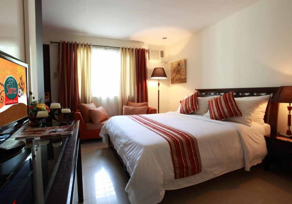 The Suites at Calle Nueva Bacolod, where to stay in Bacolod, luxury resorts in Bacolod