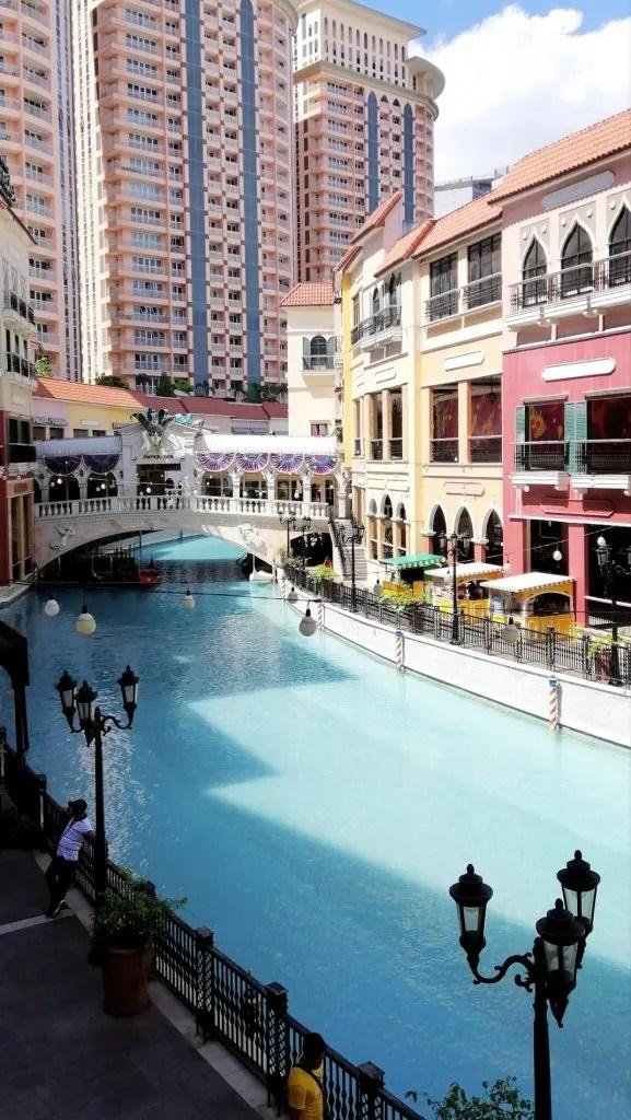 Manila tourist spots, Venice Grand Canal Mall