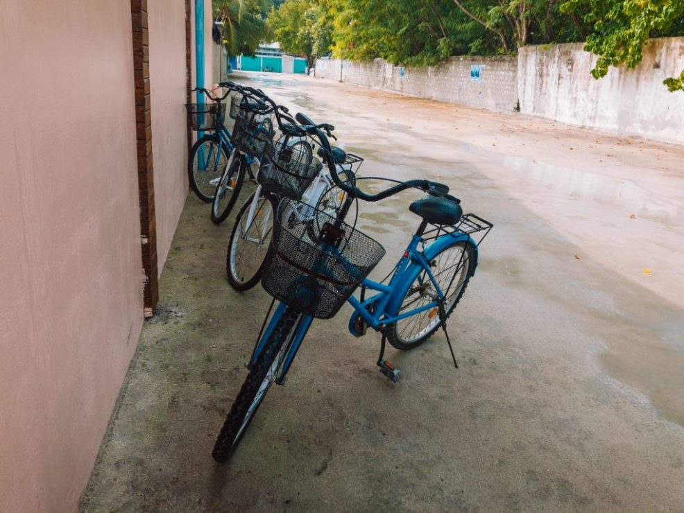 Cycling around Thulusdhoo
