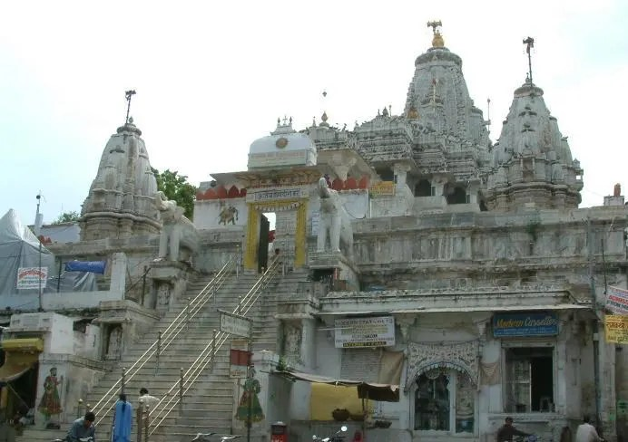 Jagdish Temple, Udaipur travel guide, things to do in Udaipur,