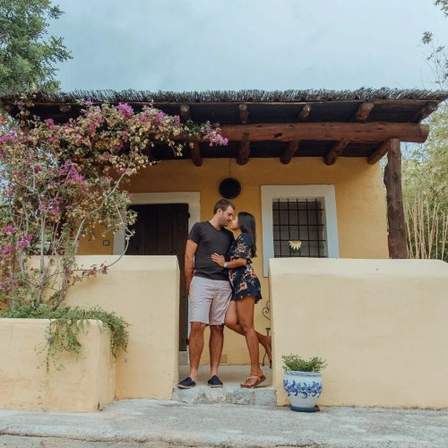 travel couple, Multicultural relationship