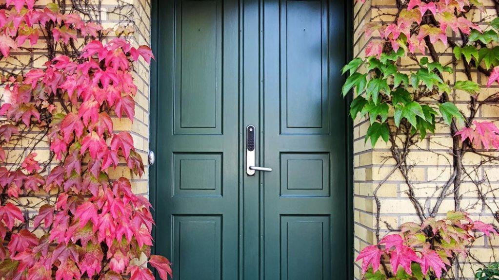 Las puertas herméticas y bien selladas te ayudan a mantener la temperatura interior y a ahorrar energía
