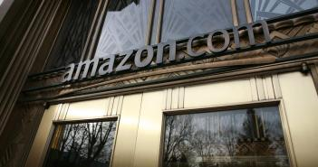 Amazon porta in tribunale chi scrive recensioni false - Gamobu