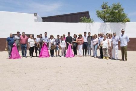 Foto de grupo tras el tentadero
