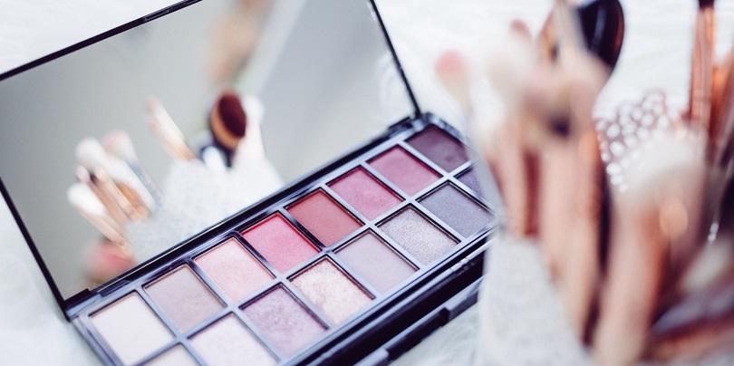 jak zmywać makijaż