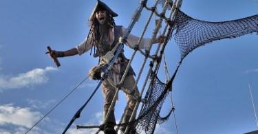 piraci z karaibów po kolei