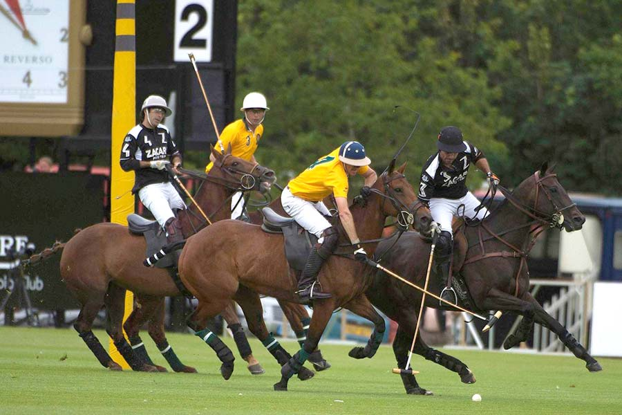 An image of polo players competing in the Jaeger-LeCoultre Gold Cup - book a chauffeur to this event from GandT Executive