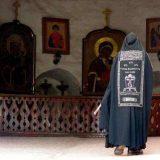 preot-calugar-monah-icoana-hristos-pustic