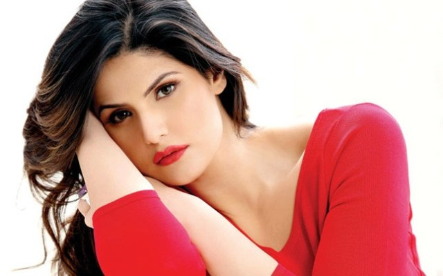 Zareen Khan charge the producers of Aksar 2 for Molestation