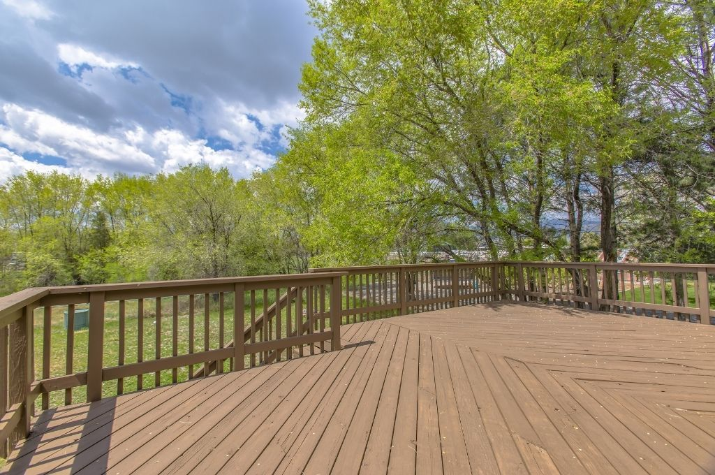 Signs You Need To Replace Your Deck