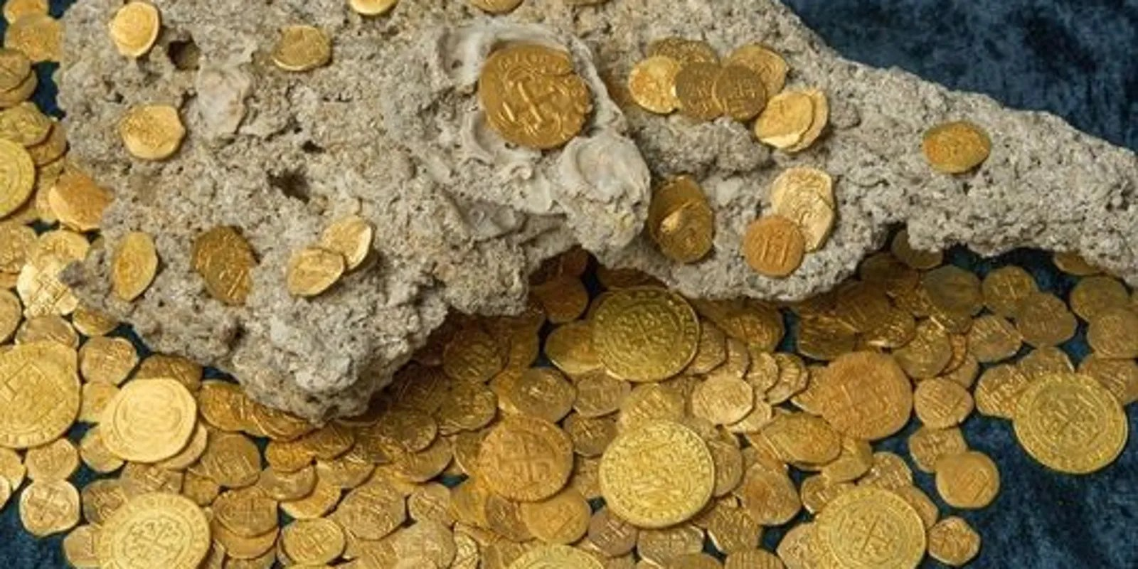 Florida Divers Find 300 Year Old Gold Coins Worth 4 5m