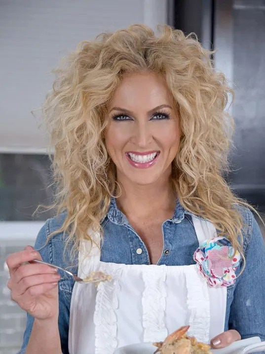 In The Kitchen Little Big Towns Kimberly Schlapman