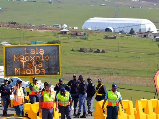 EPA_SOUTH_AFRICA_NELSON_MANDELA_DEATH