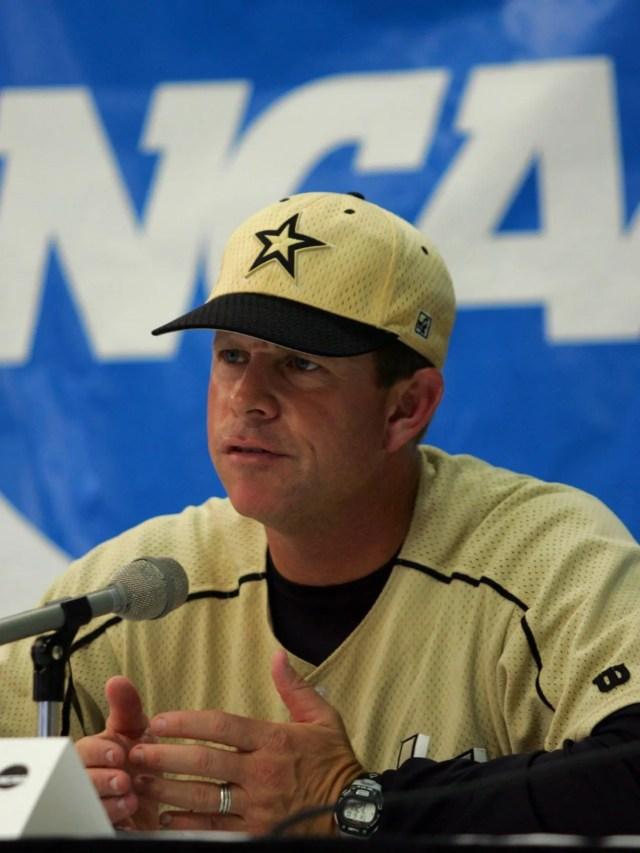 Vanderbilt coach Tim Corbin talking to the media at the Super Regional in 2004.