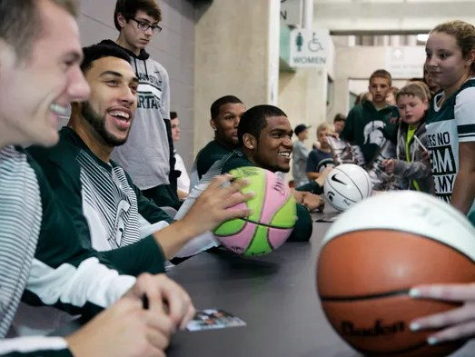 Izzo Hopes Spartans Will Cruise To A Title