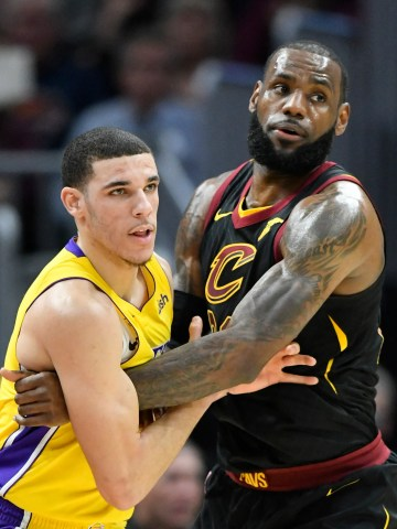 Los Angeles Lakers guard Lonzo Ball (2) defends Cleveland