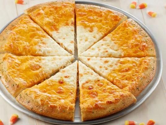 Chuck E. Cheese pizza