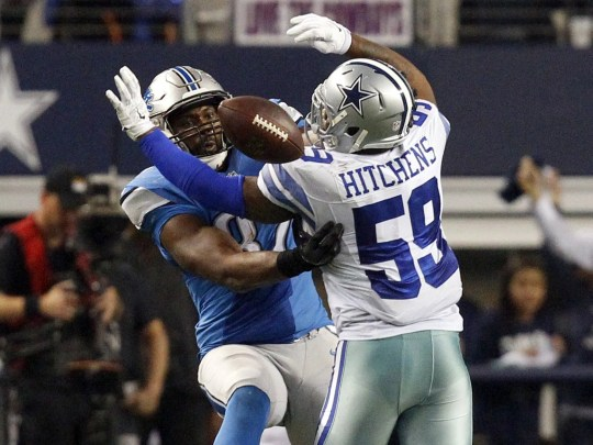 Cowboys linebacker Anthony Hitchens gets hit in the