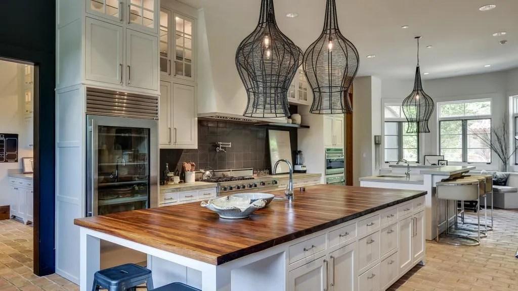 Cutler And Cavallari List Home For 7 9 Million
