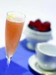 Moms everywhere can get free mimosas after a $5 rebate through the Ibotta mobile app.