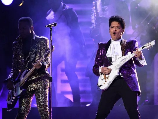 Bruno Mars' Prince tribute