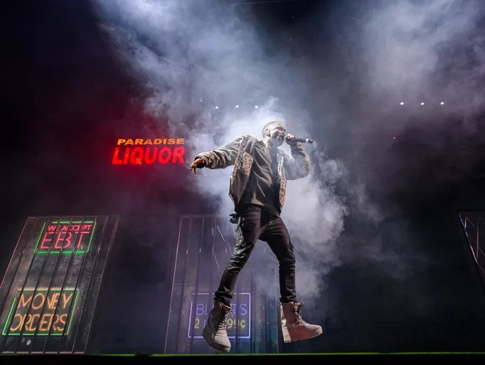 "Big Sean brings ""Paradise"" to Joe Louis Arena on Nov.r"