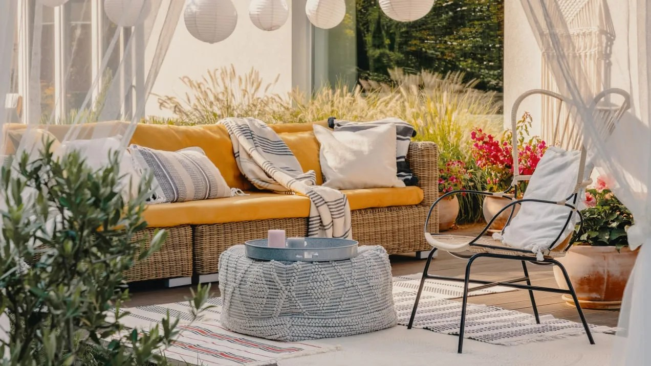 patio furniture shop the overstock