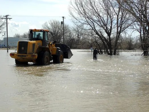 Flooding south of Chinook off Cleveland Road