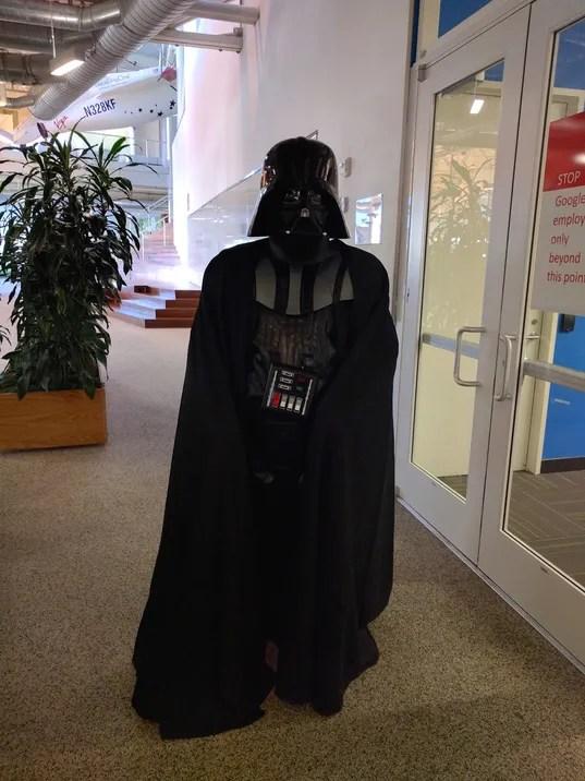 635838769827708695-Googler-Darth-Vader.jpg