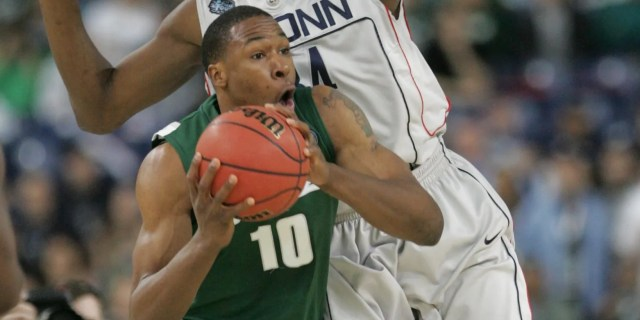 Michigan State's Delvon Roe on 2009 Final Four: 'We had Izzo'