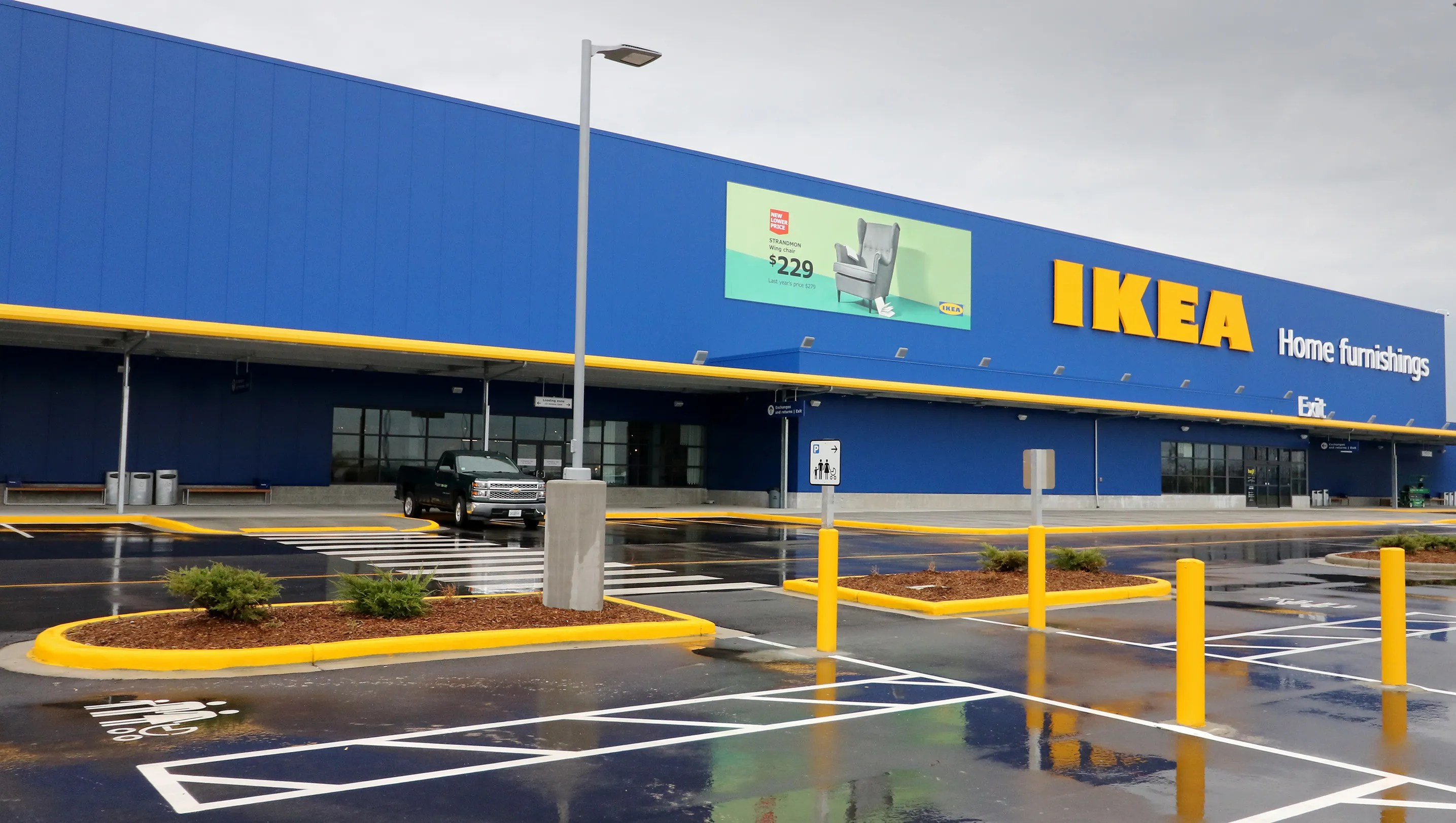Video A Look Inside The New Ikea In Oak Creek