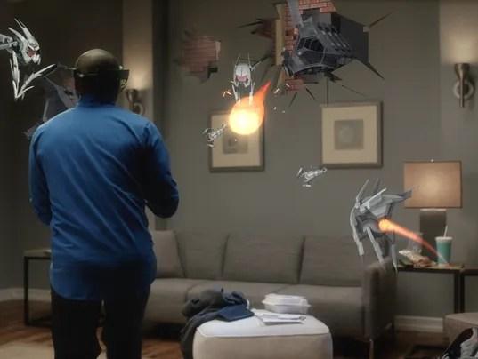 635859375847083544-Microsoft-HoloLens---Project-X-Ray.jpg
