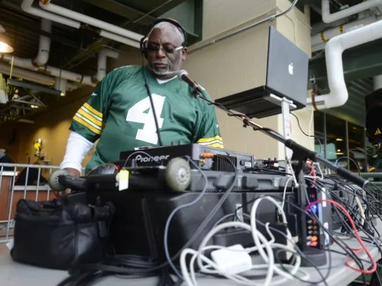 This is the best Google could offer us for anything resembling the Packers sound guy.