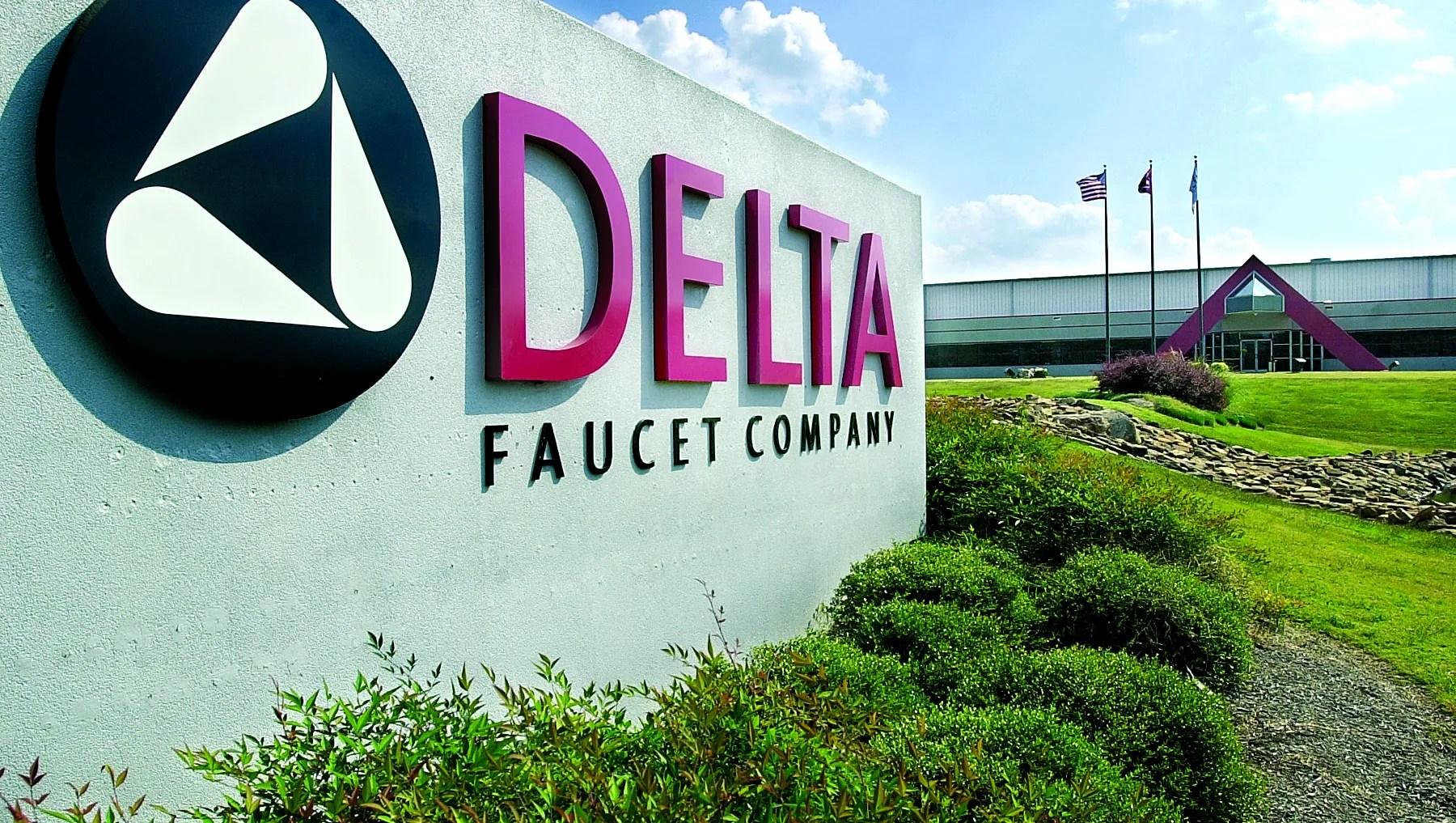 delta faucet closes
