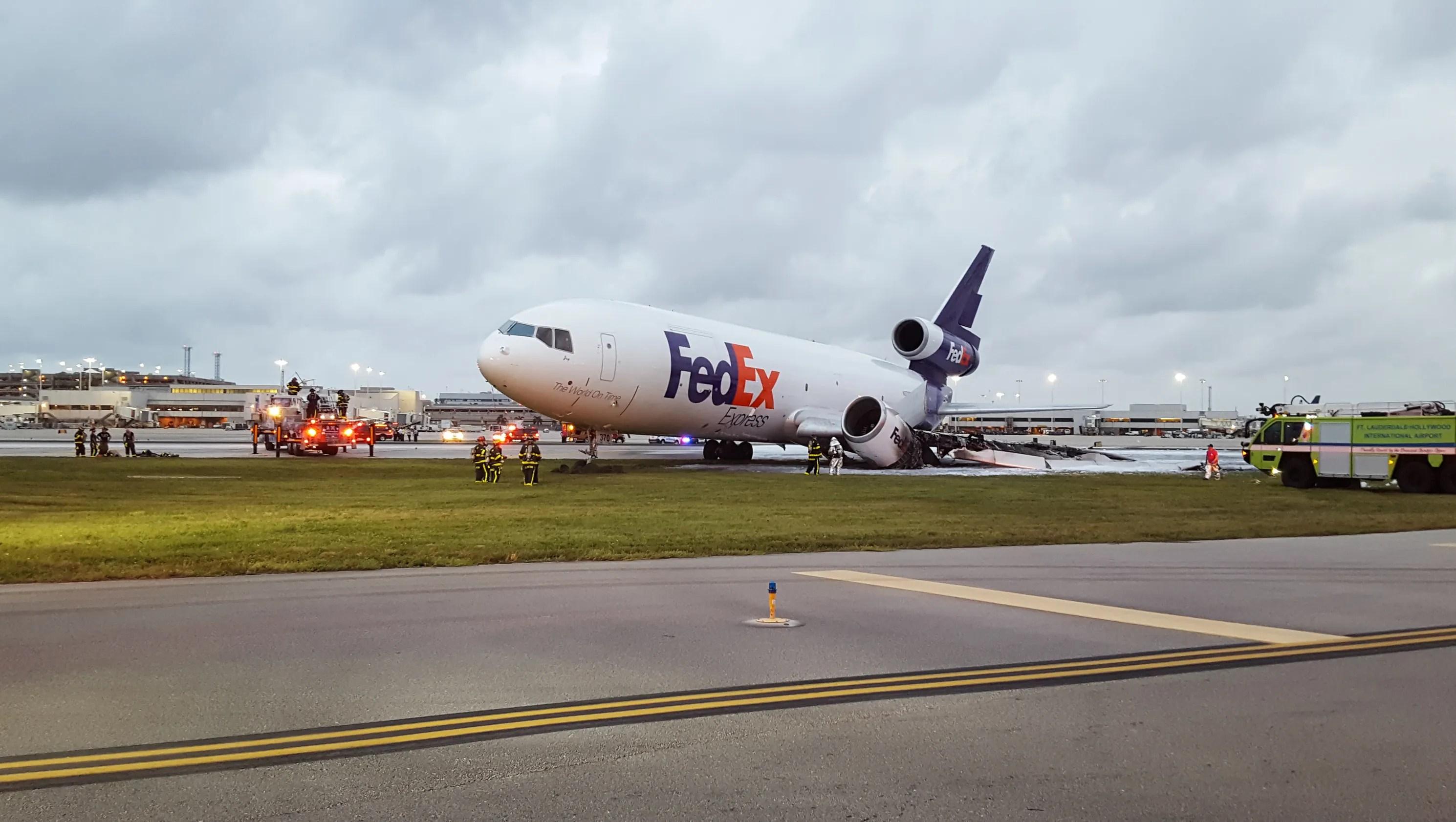 Resultado de imagen para Fedex MD-10 fire fort lauderdale