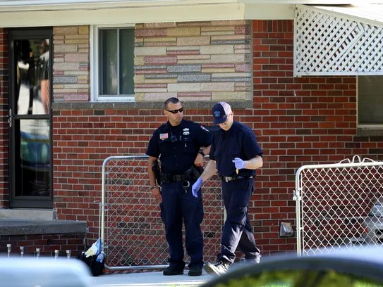 Police Dearborn Heights Dad Asphyxiated Younger Kids