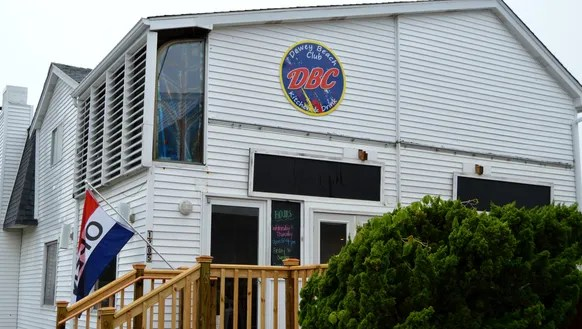 New eatery, Dewey Beach Club, fills the space recently