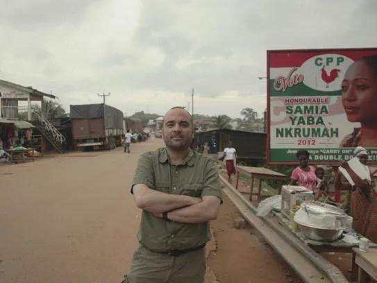 Miki Mistrati at the border in Elubo, Ghana