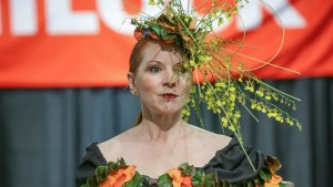 Floral Fashion And More At The Indiana Flower Patio Show