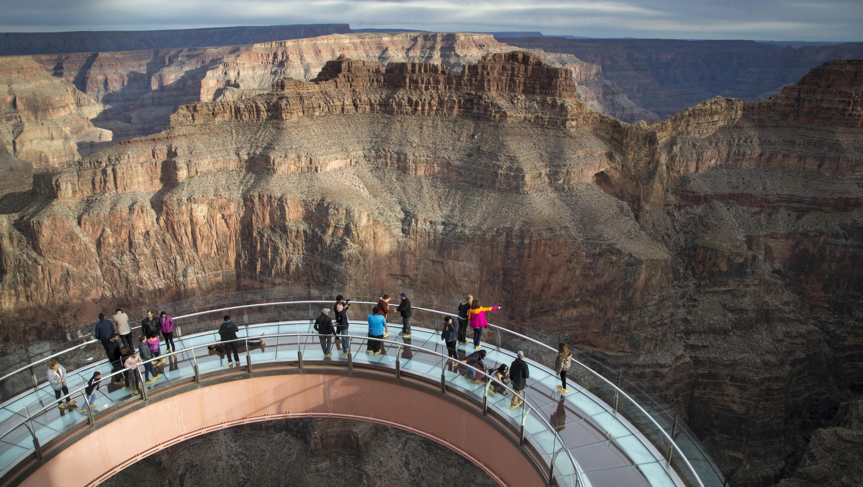 Skywalk Grand Located Where Canyon