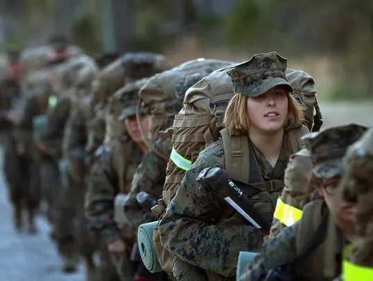 reasons why women should join the army